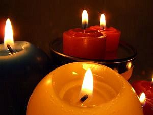 Candle Burning Safety Tips For Your Home The Classy Chics Paraffin Candles Safe Candles Candles