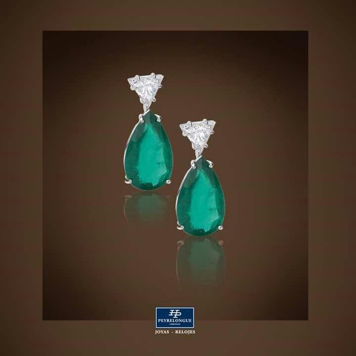 23226fd9e530  JoyasPeyrelongue Aretes en oro blanco de 18 kt con esmeralda corte gota y  diamantes.  jewelry    luxury    newchic    fancy    elegant    joyas     style ...