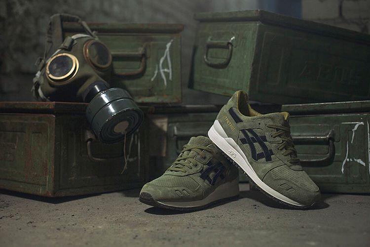 Sneakersnstuff On Instagram Inspired By The Original Footpatrol Gasmask Logo The Asics Gel Lyte Iii Squad Symbolises A Time Of Conflict Struggle Fo Gasmask