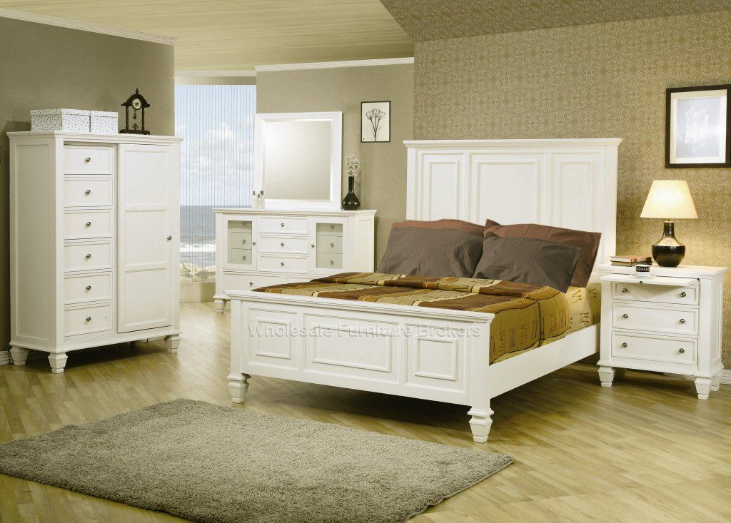 Glenmore White Panel Queen Size Bedroom Furniture Set by True