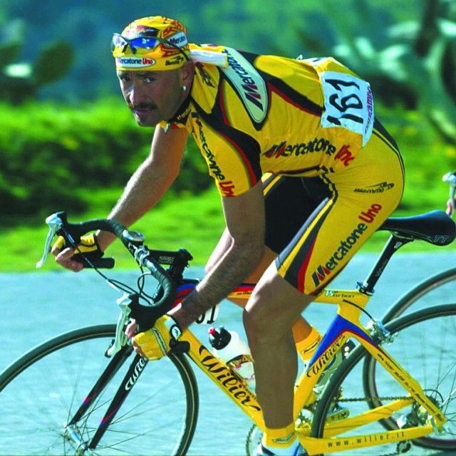 An awesome shot of #MarcoPantani on his Wilier, Tour de ...