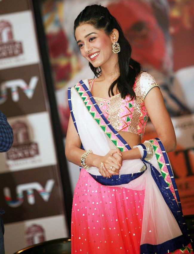 Amrita Rao in a pink lehenga. #Bollywood #Style #Fashion