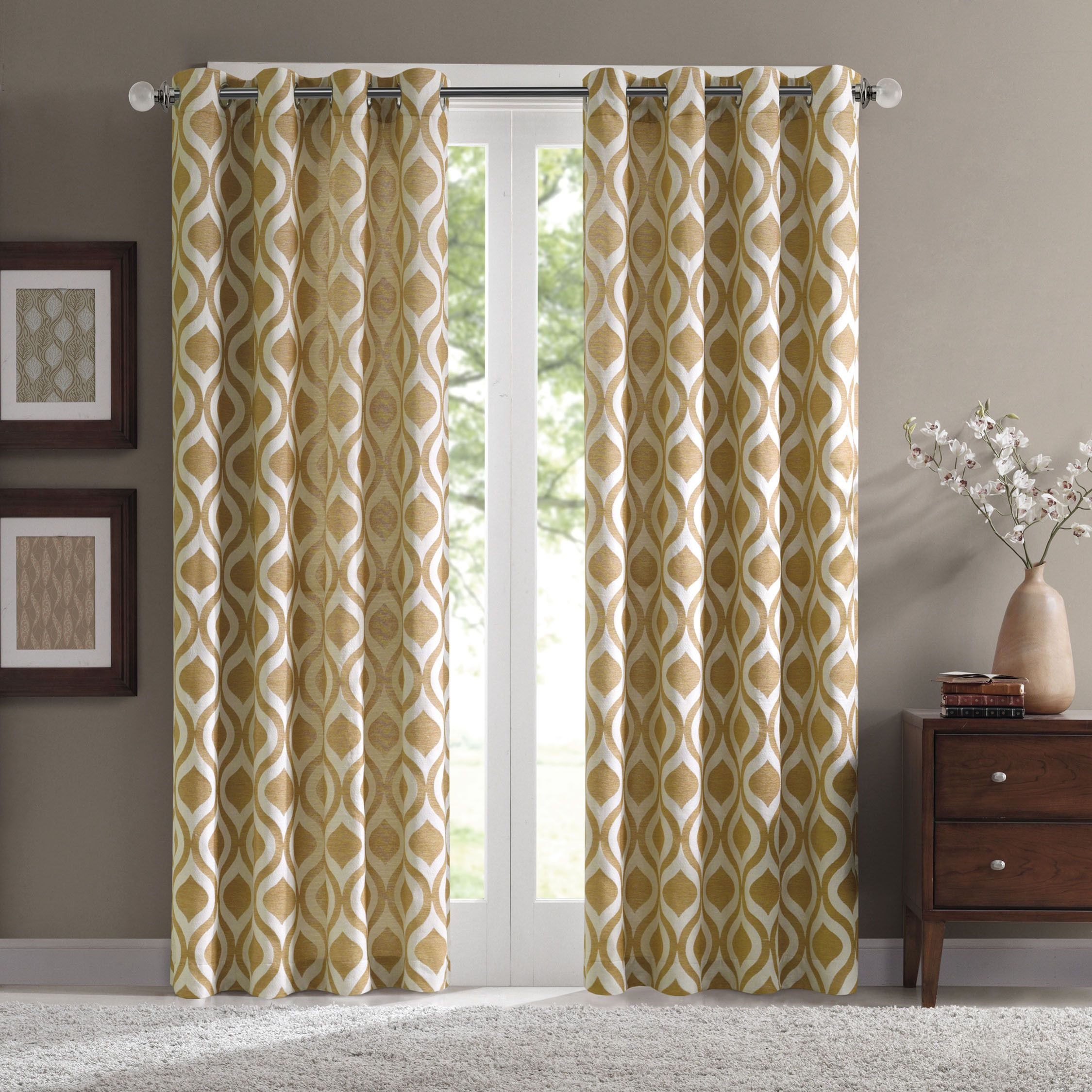 Madison Park Bergamo Ogee Chenille Curtain Panel For The