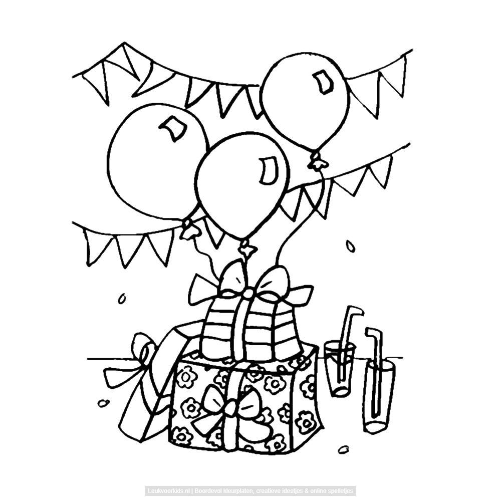 verjaardagkadootjes slingers en ballonnen kleurplaten