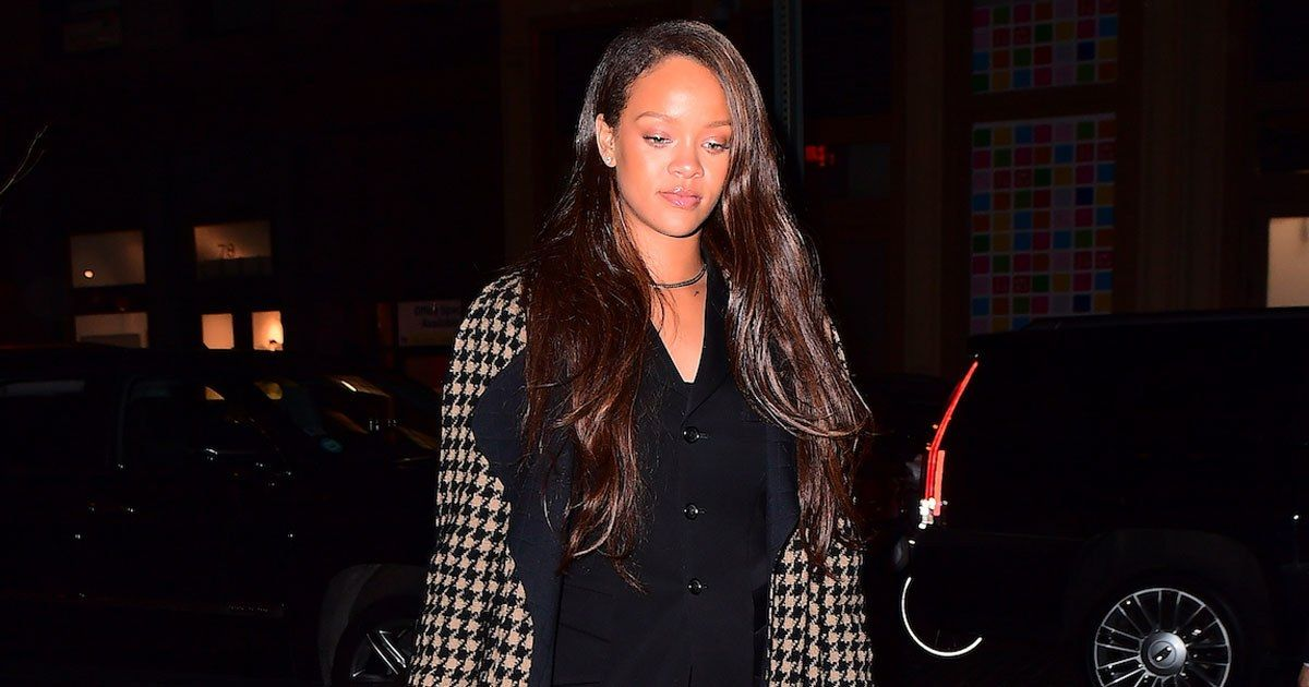 "Rihanna Makes Normcore ""Mom Fashion"" Look Cool - Vogue.com"