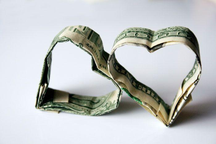 Aşk mı para mı? :))  Hadi ara da konuşalım 0888 255 35 00 www.0888sohbet.net