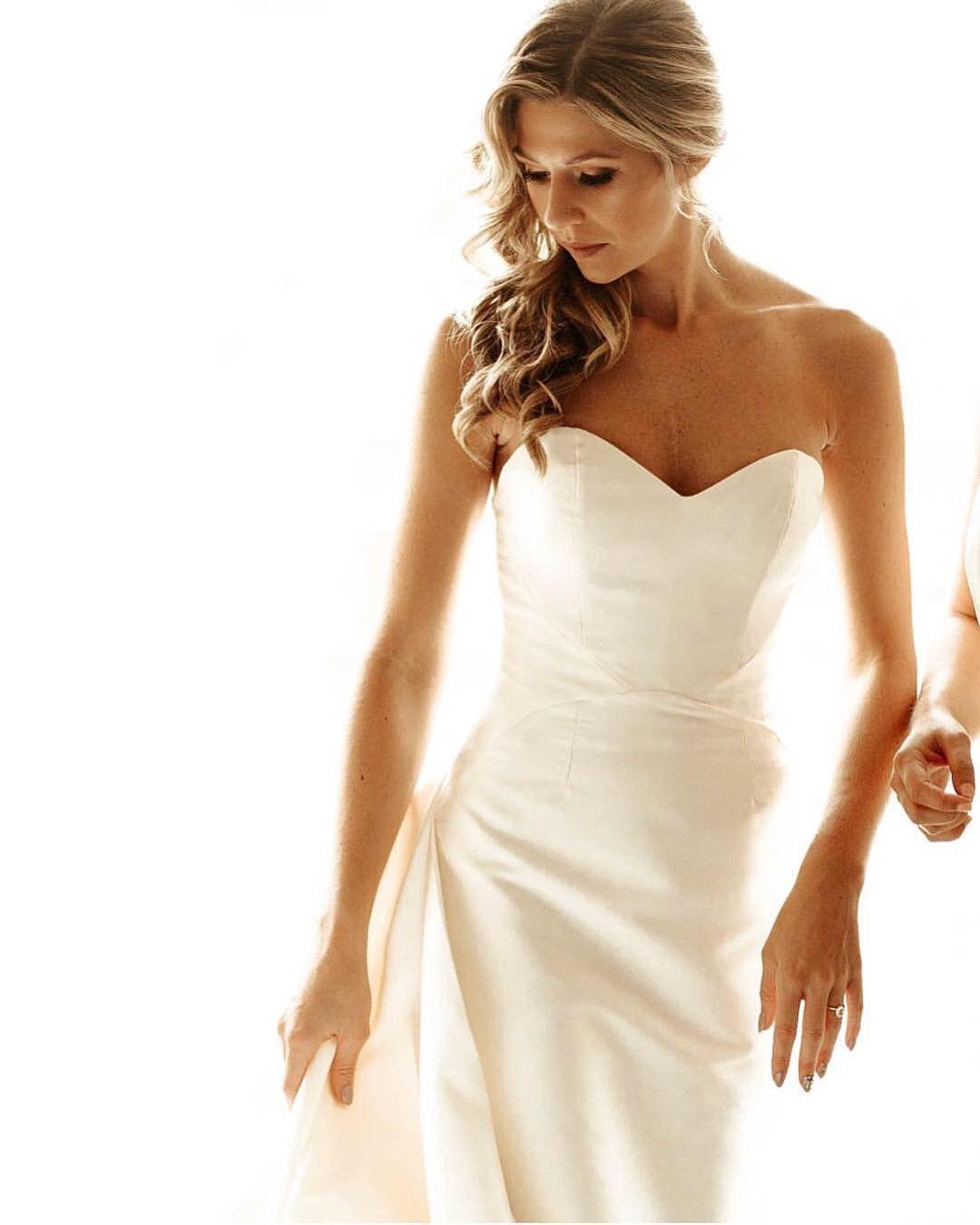 Annebargebride Niki In Radziwill Wedding Dress Side Swept