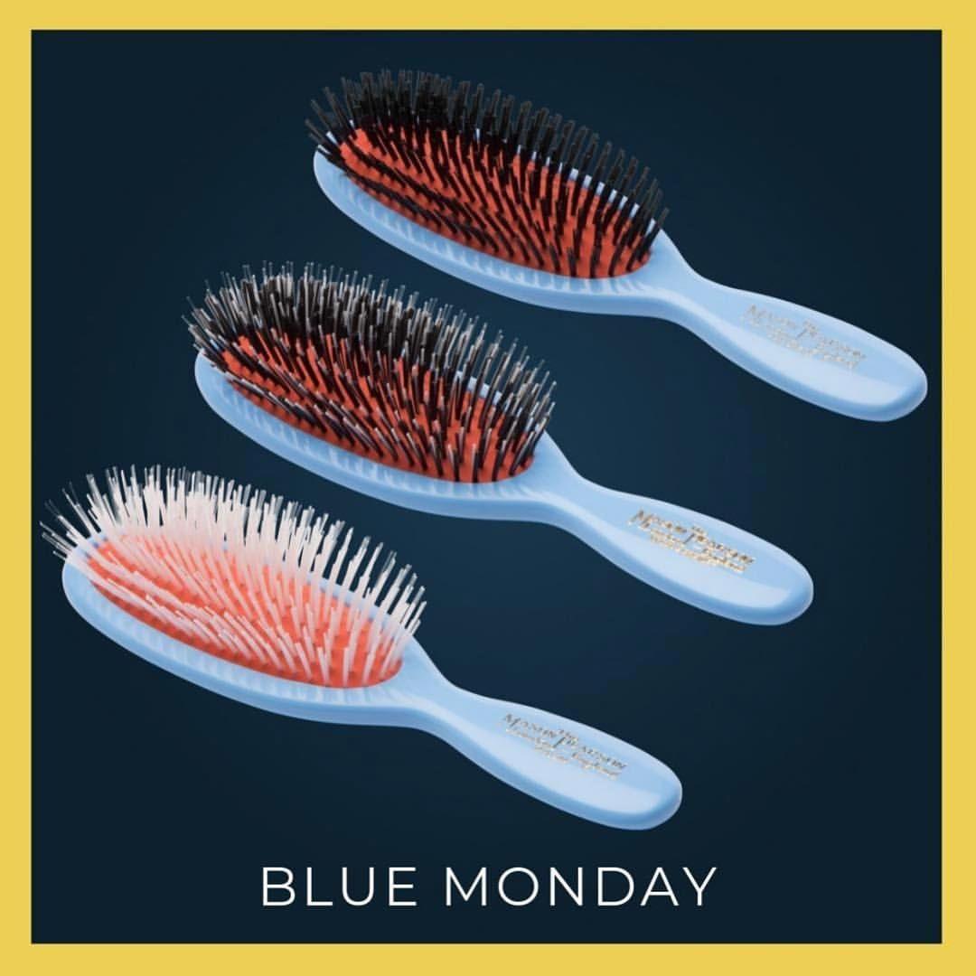 Voila Le Seul Blue Monday Acceptable Authentic Coiffure Perfectbrush Luxe Vintage Brosse Cheveux Coiffeur Luxury Tableware