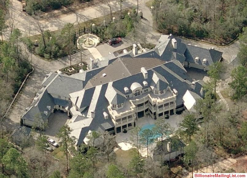 millionaire & billionaire mansions from above – an aerial view of