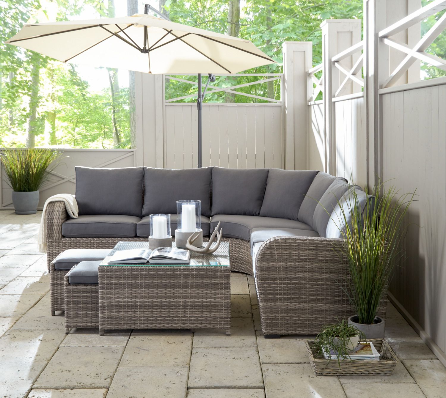 Luxurious Lounging The Melville Outdoor Sectional Was Expertly Crafted To Encourage Y Gray Patio Furniture White Wicker Patio Furniture Patio Dining Furniture