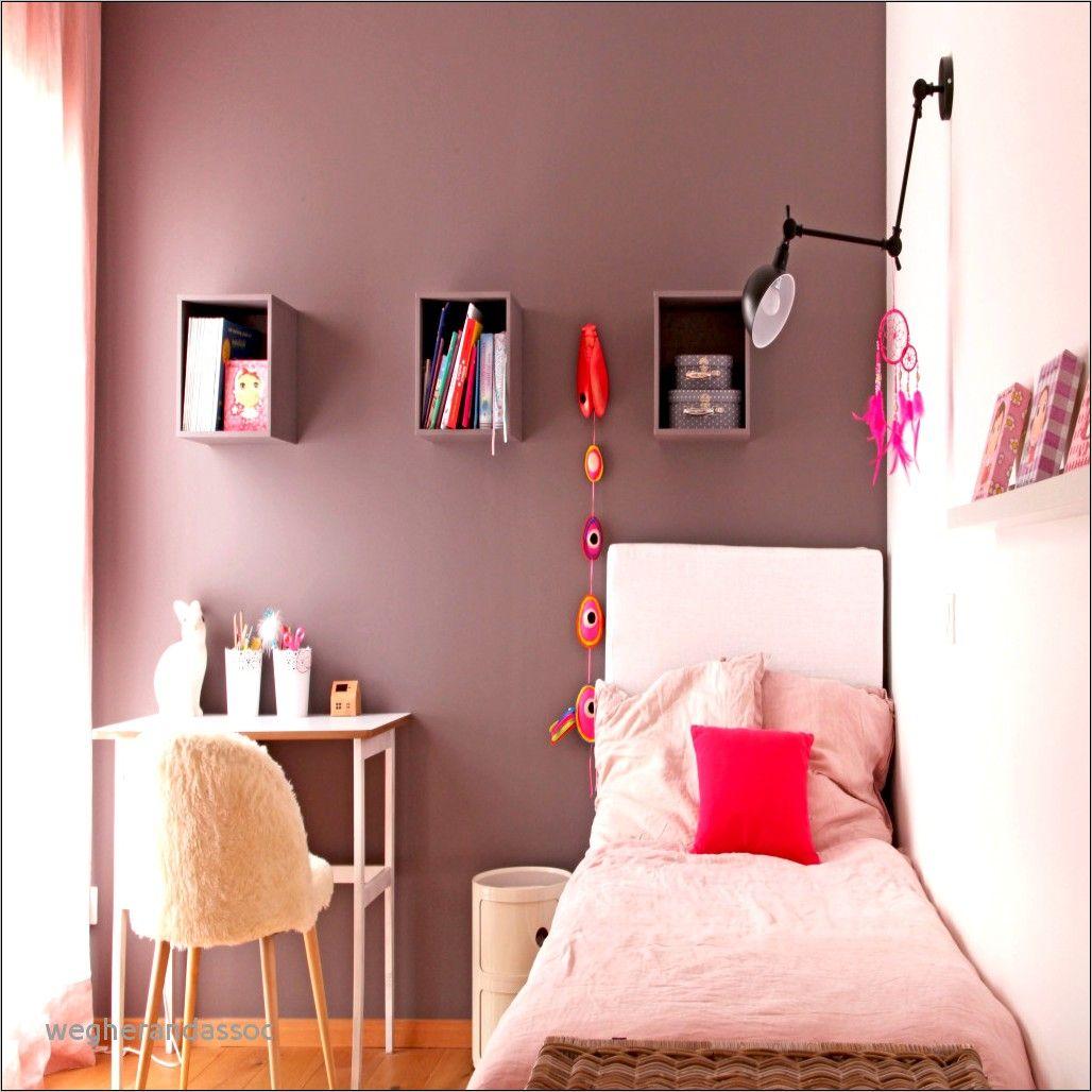 Deco Chambre A Coucher Taupe In 2020 Home Decor Home Furniture