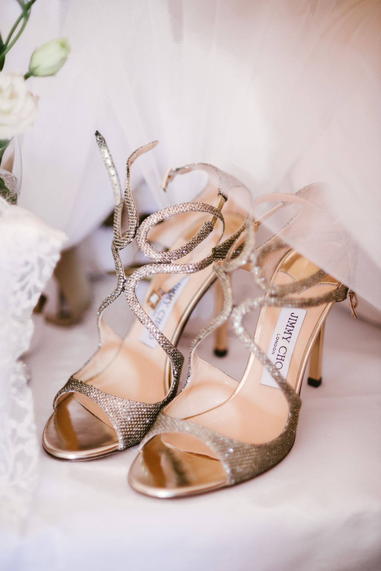 Scarpe Sposa Oro.Sparkly Gold Wedding Shoes By Jimmy Choo Perfect Luxury Bride