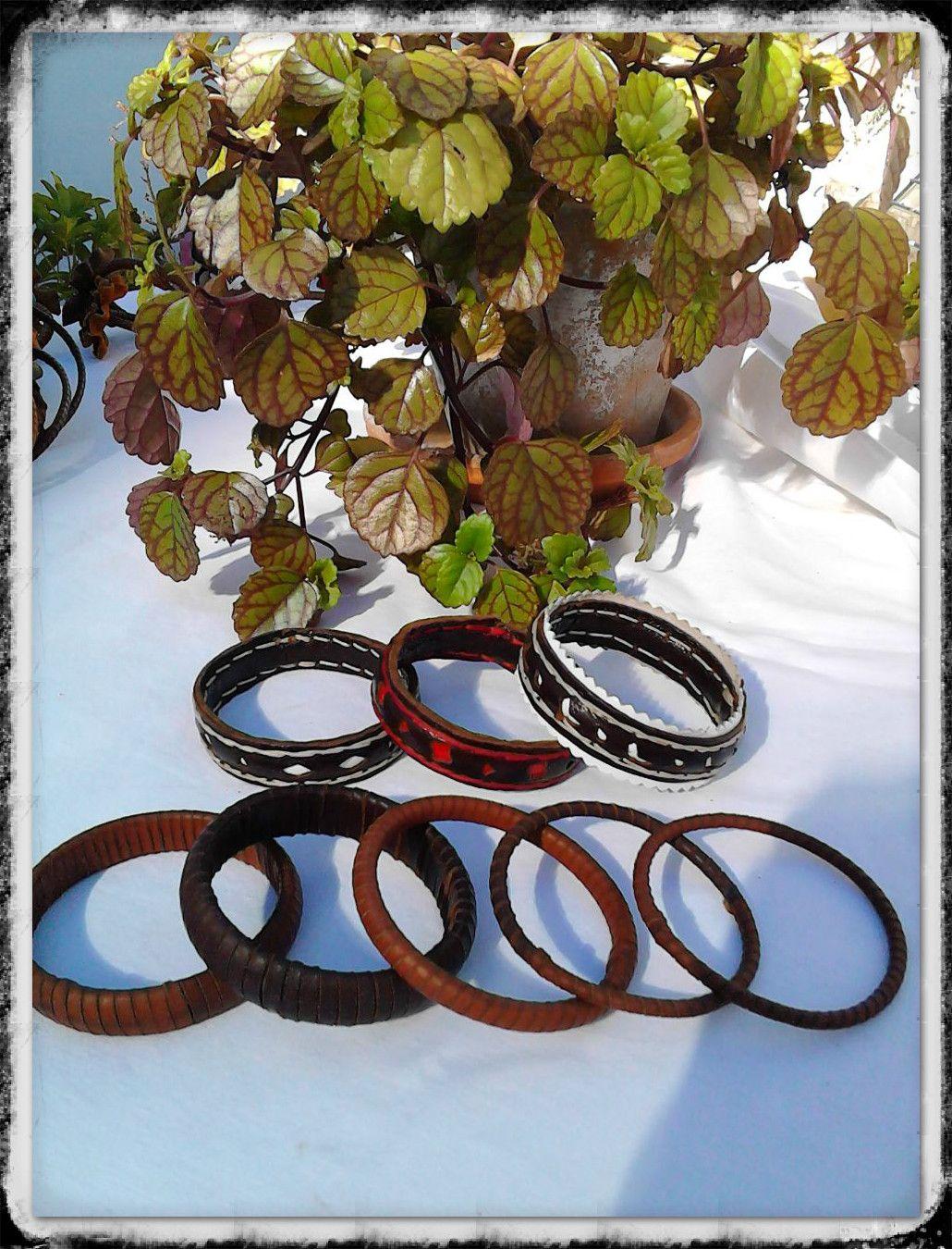 #pulseras de #cuero #hechasamano #100% a #mano, #hechoenAndalucia #Andalucia #Sevilla #Alcoleadelrio www.cueroripkay.blogspot.com