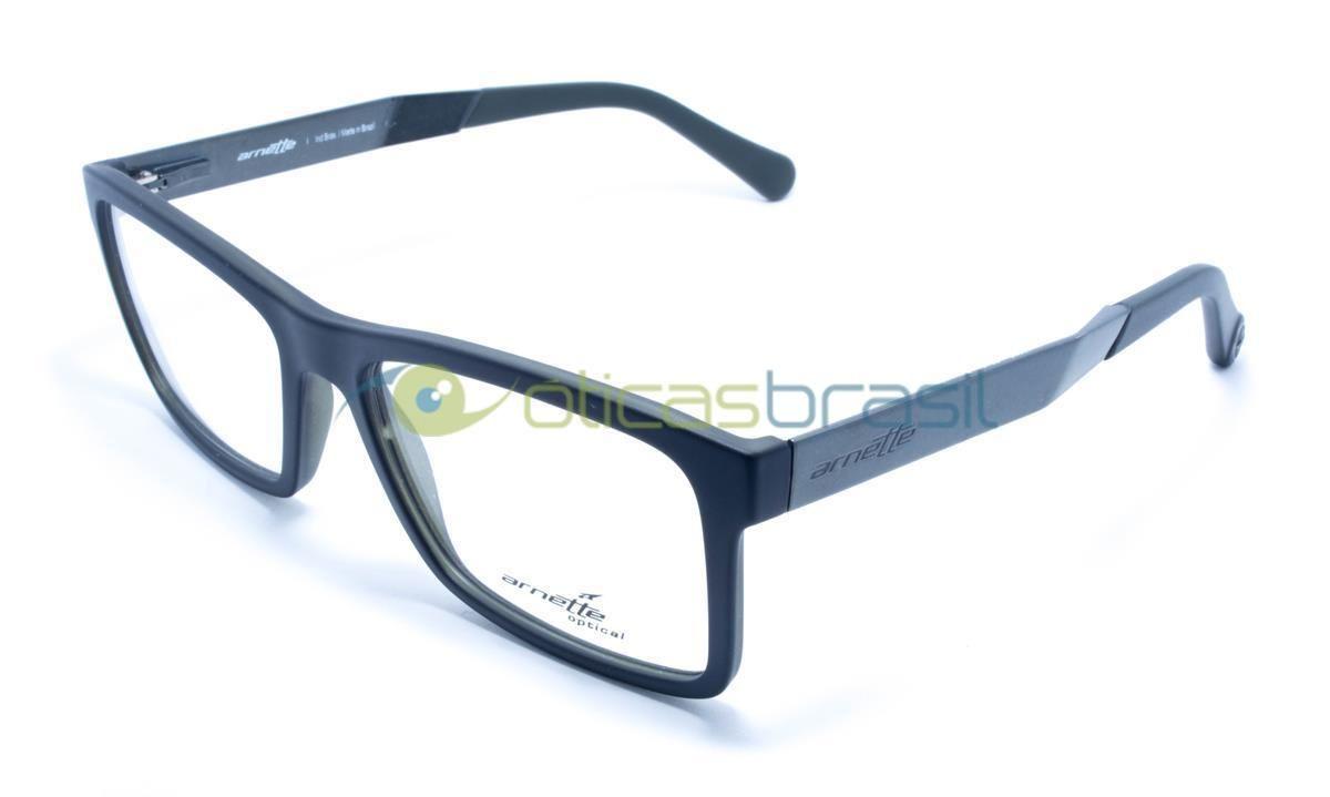 Fundada em 1992 na Califórnia, a marca Arnette cria óculos voltados para o  público jovem (e para os