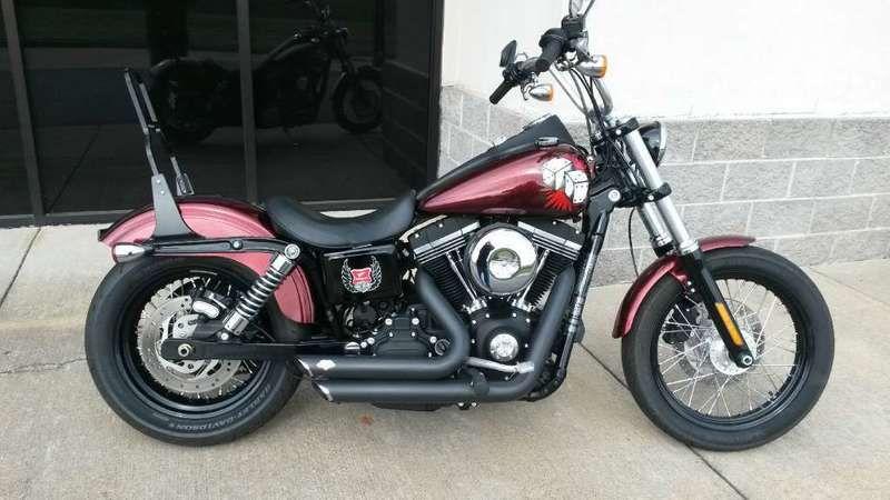2013 HarleyDavidson® FXDB Dyna® Street Bob® http//www