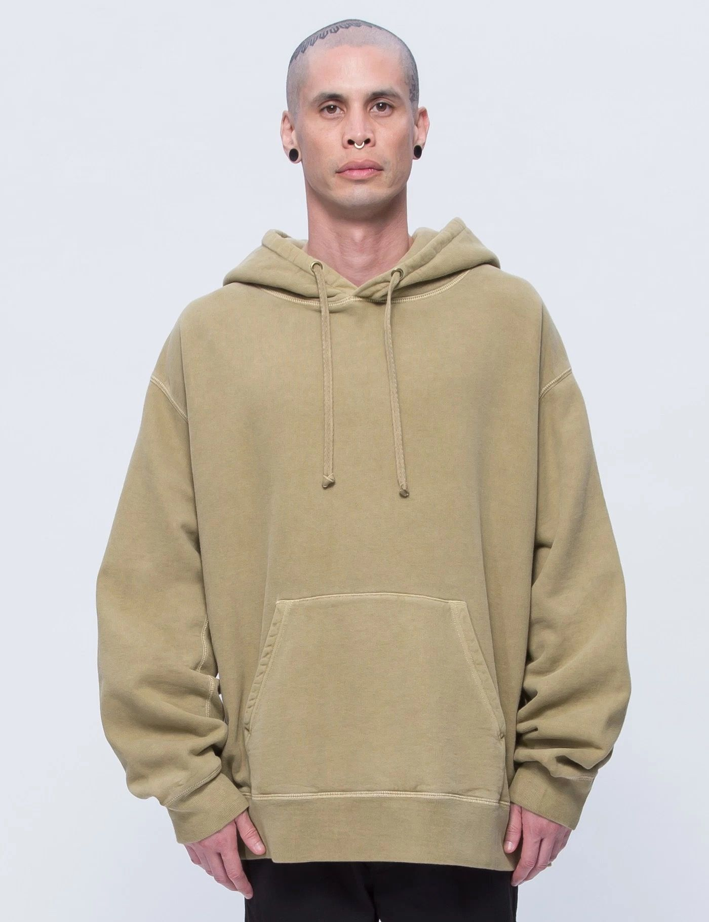 cab7e5c19 Yeezy season 3 Relaxed Hoodie in military dust | MENS FASHION | Mens ...