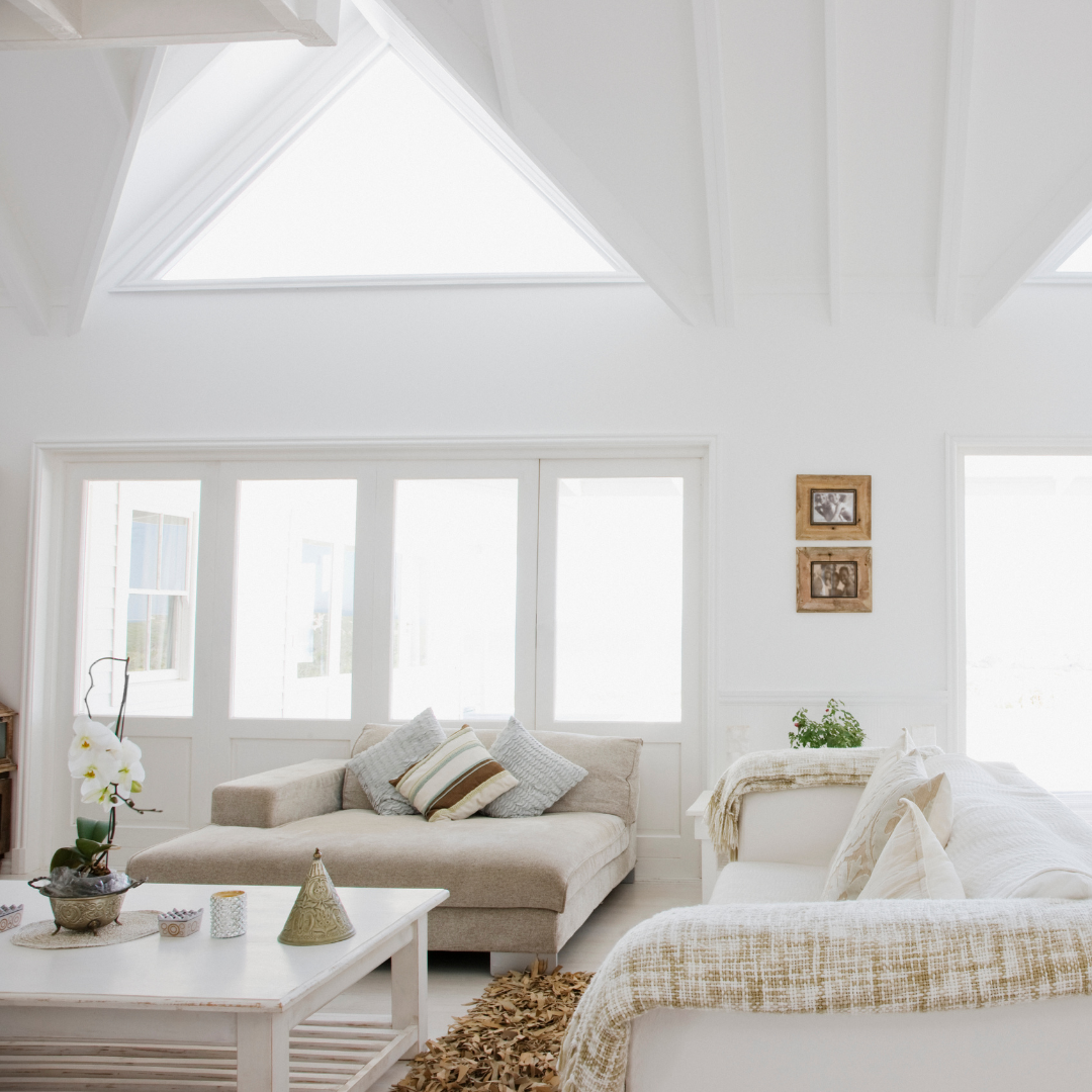 We are excited to bring you some beautiful weekend home inspiration! Check out all that natural light 😍 . #Saturday #HomeInspo #beautifulspaces . . .. . #homeimprovement #homehelp #windows #homeimprovementprojects #homeproject #livingroom #beautifulhomes #thehomemag #homemagazines #findacontractor #utahhomes #utahcontractors