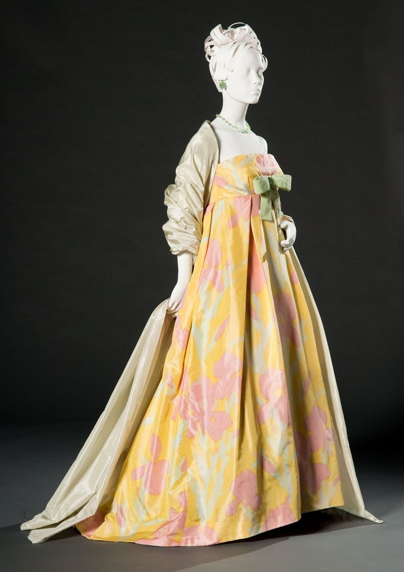 Evening gown  c.1959  Ferdinando Sarmi  Gift of Mrs. Clarissa Dyer  S2003.794.29AB