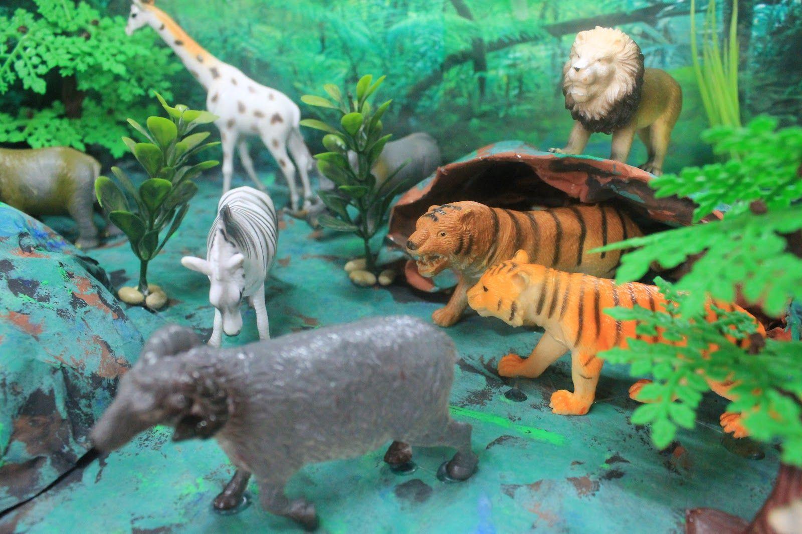 Safari Habitat