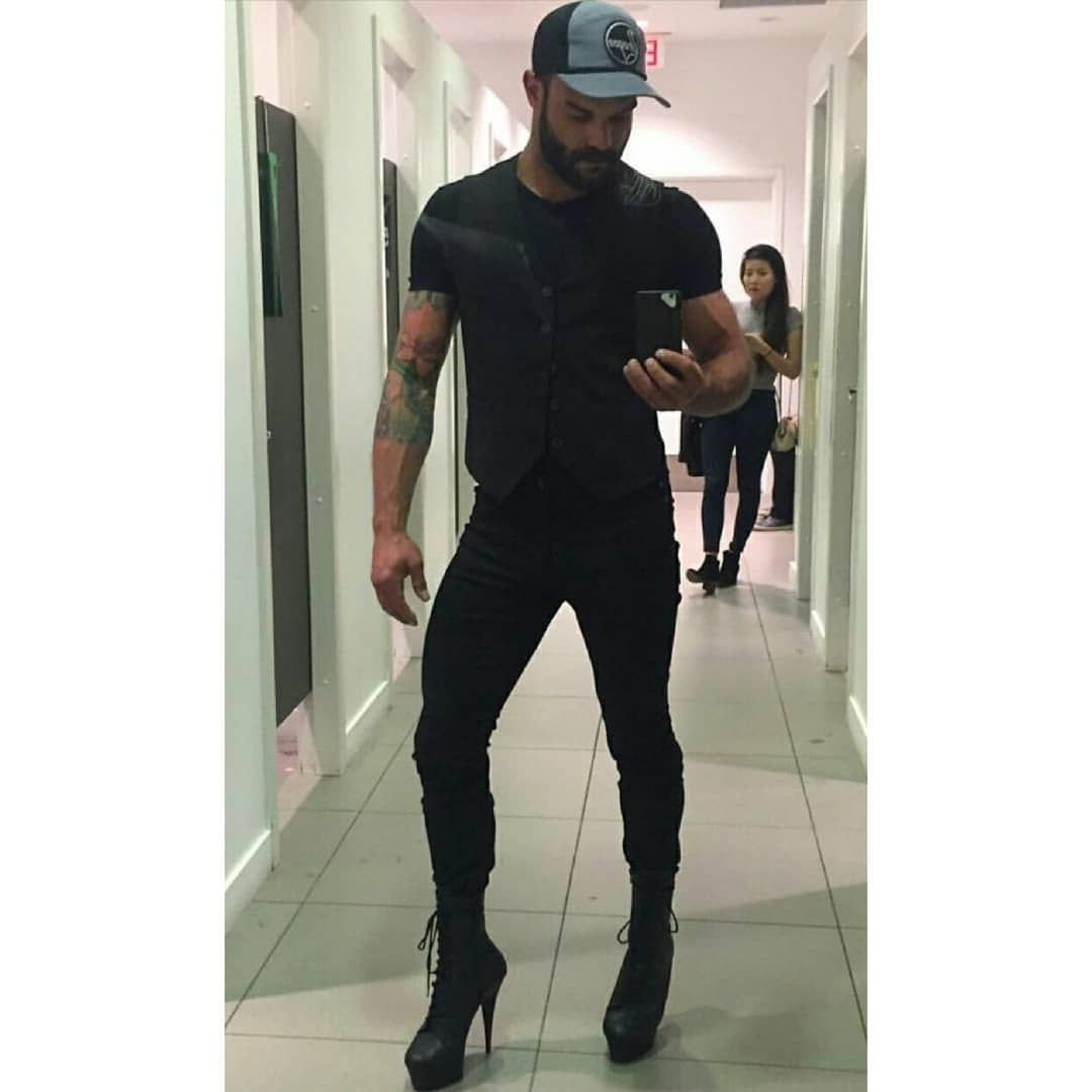 Men Wear Heels Too On Instagram I Don T Know Who This Guy Is But He Proves A Man Can Still Looks Manly In Men Wearing High Heels Men In Heels Men