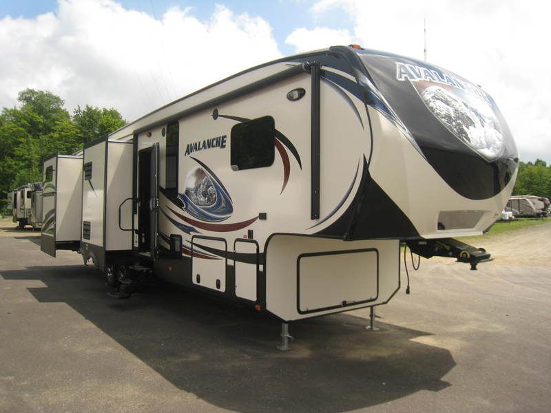 2015 Keystone Rv Avalanche 361tg At Boyer Rv Center With Images