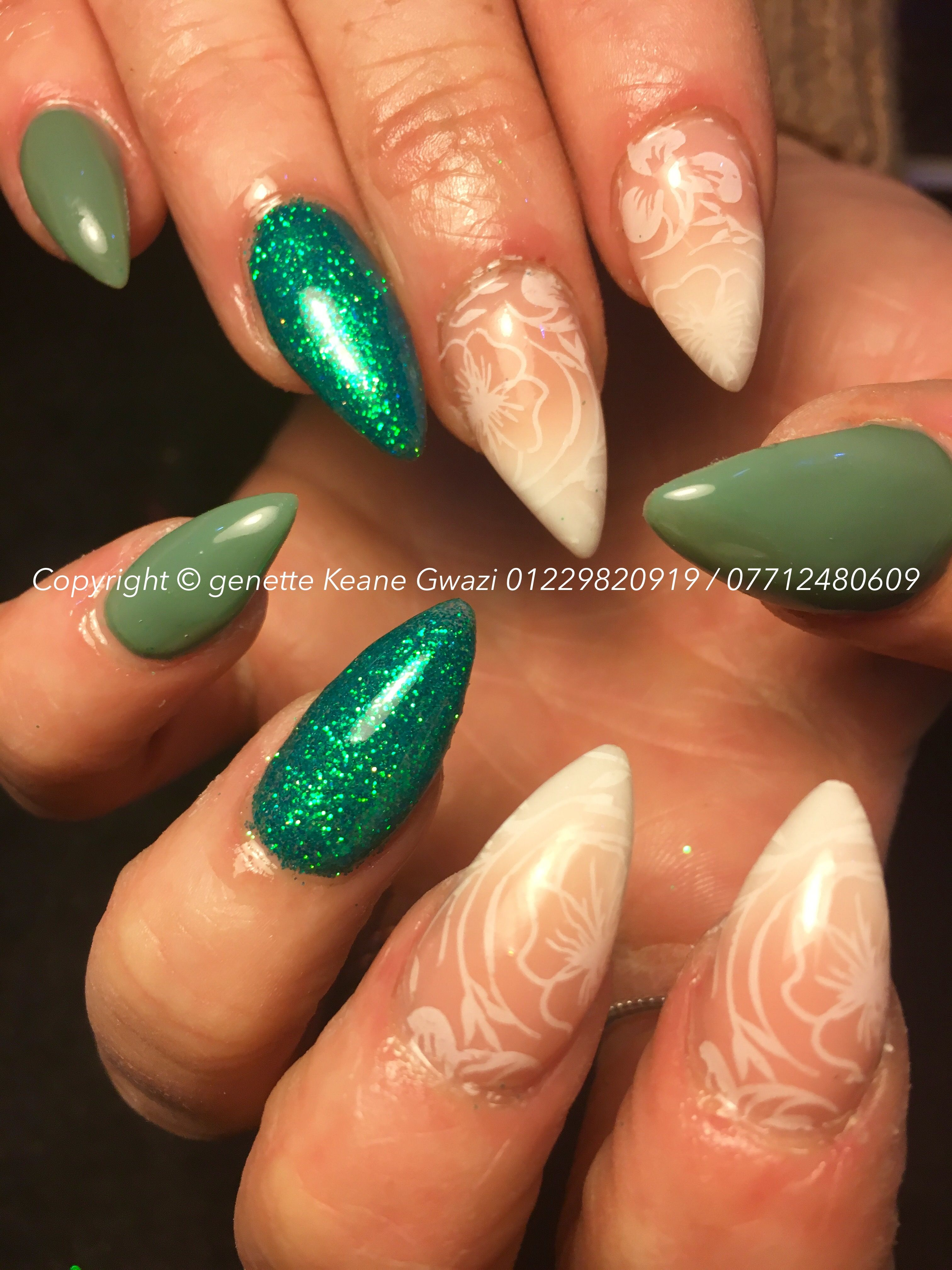 Mermaid Green Acrylic Nails Holographic Glitter Ombre Nail Art