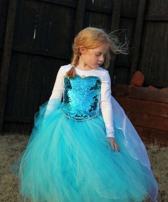 Frozen Elsa costume  sc 1 st  Pinterest & Frozen Elsa costume | Sewing | Pinterest | Elsa Costumes and Elsa dress