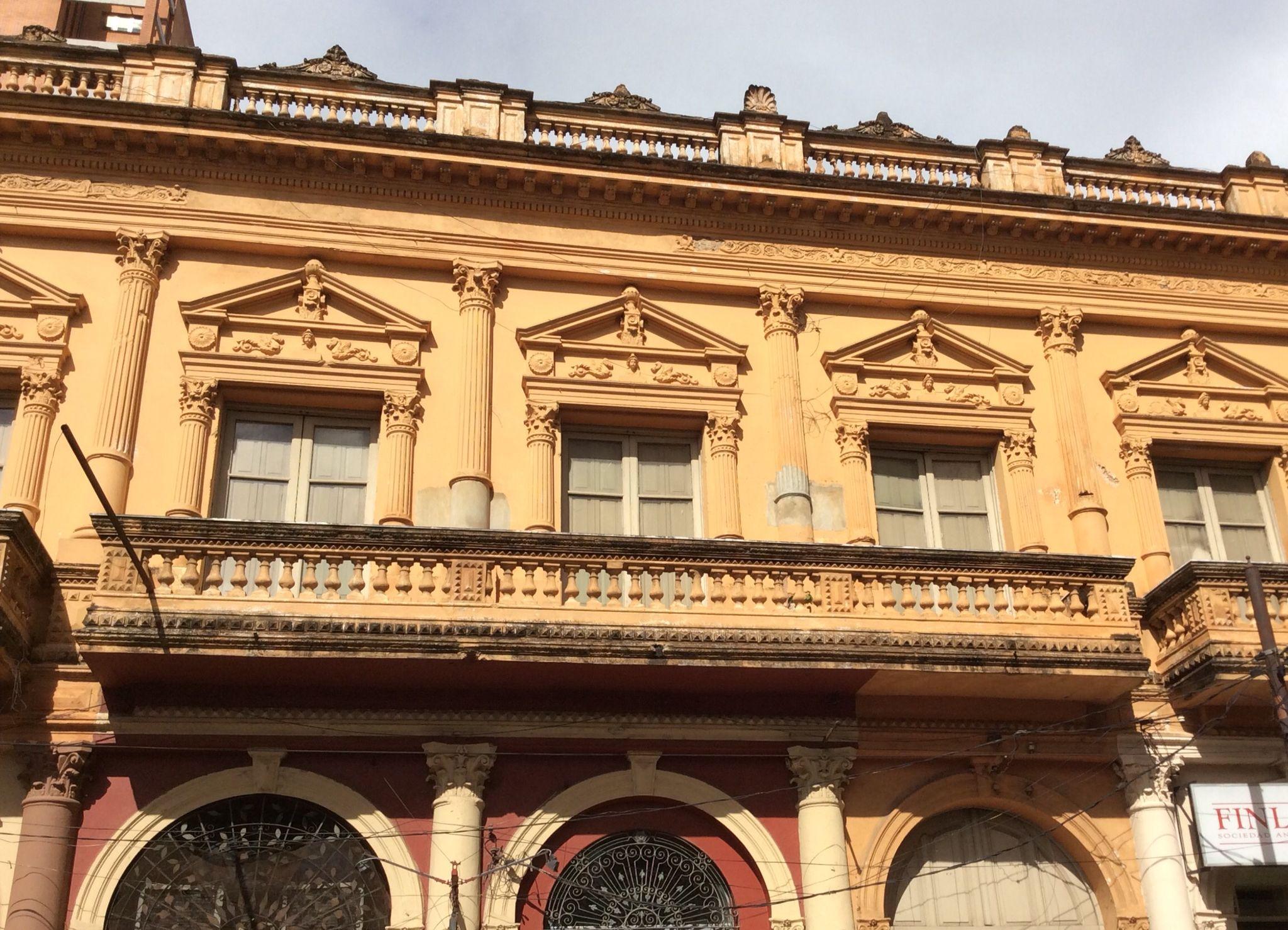 Edificio antiguo del centro de Asunción