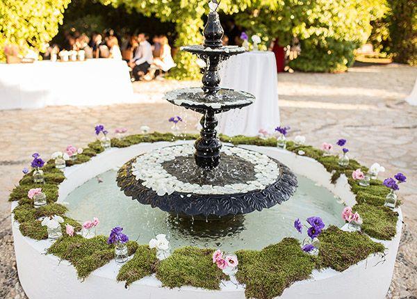 Las fuentes de agua decoradas en las bodas patios - Fuentes para patios ...