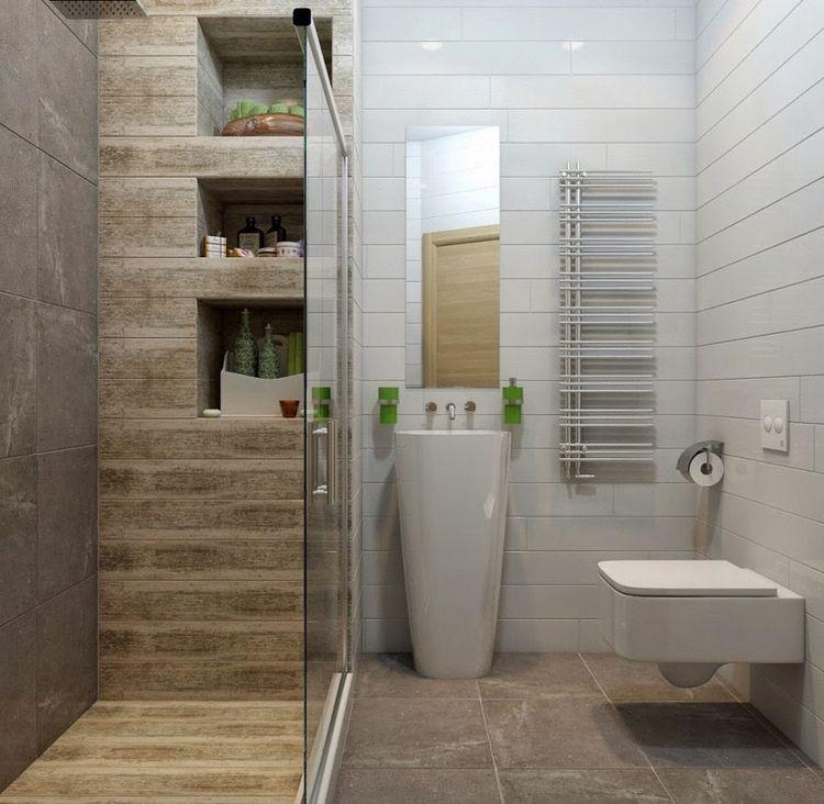 Fliesen In Holzoptik Fur Die Dusche Und Saulenwaschtisch Kleines Bad Fliesen Badezimmer Klein Badezimmer Design