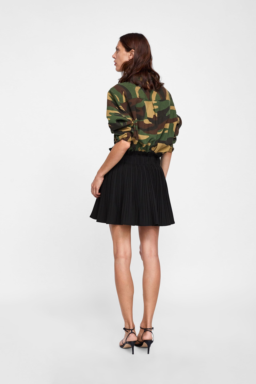ba237bb0e Falda mini plisada | AW 18-19 | Faldas, Plisado y Mini