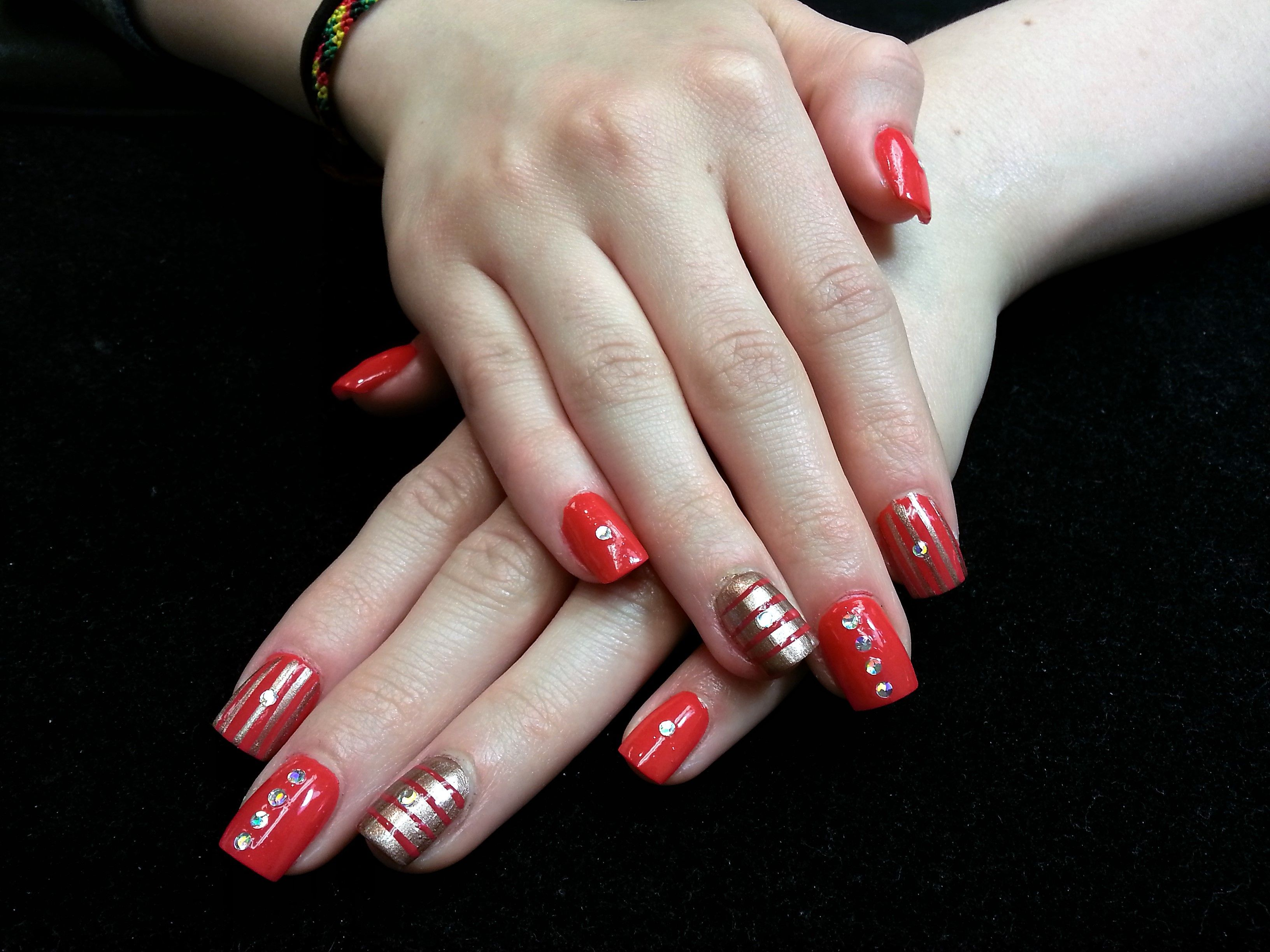 Pretty Design For The Holidays Nail Design By Tammie Our Nail