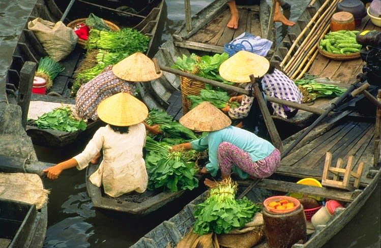 Cai Rang Floating Market #CanTho #Vietnam #Asia