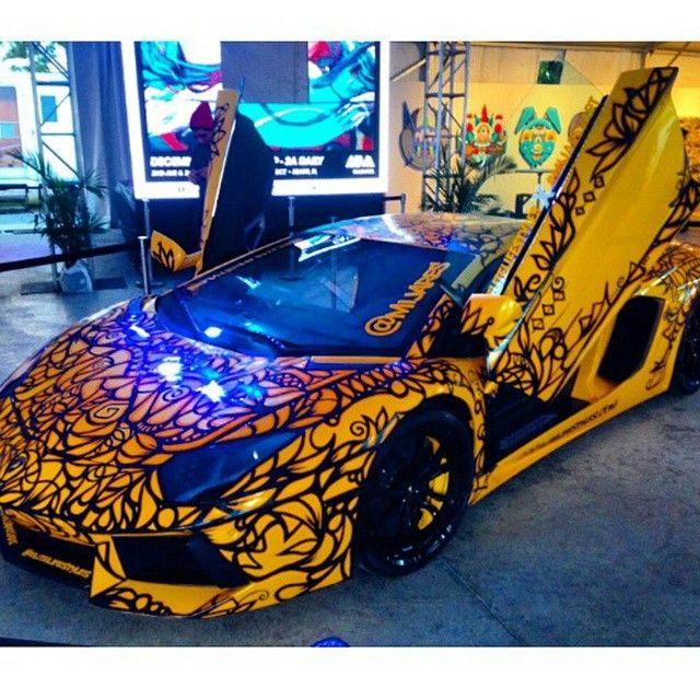 Rent This Lambhorghini Aventador For Smooth Driving In South Beach