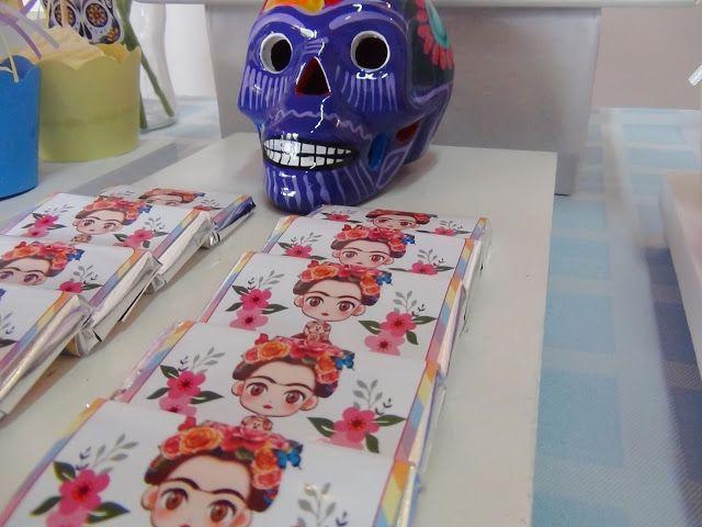 Esta hermosa mesa dulce fue realizada pensando en una Frida Kahlo alegre, simpática y aniñada. Utilizamos muchos colores y el diseño de una ...