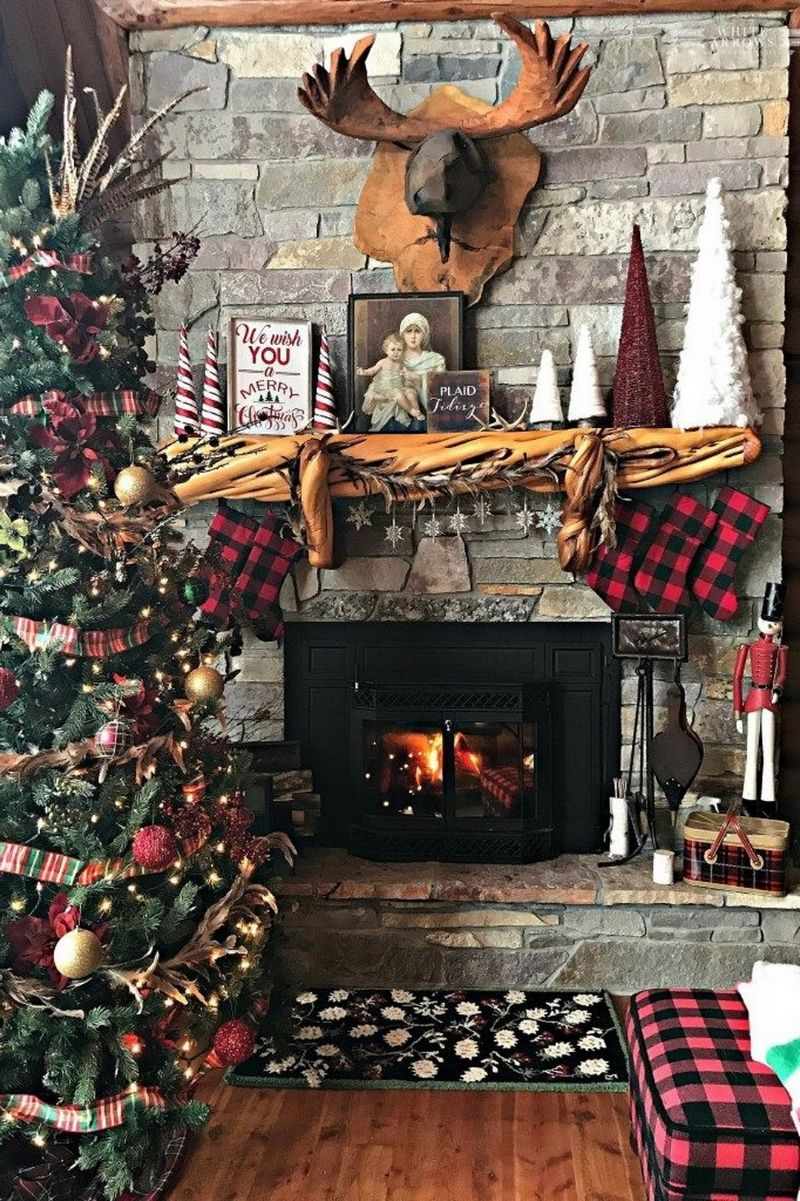 60 Drop Dead Gorgeous Christmas Mantle Decorating Ideas Cabin Christmas Decor Cabin Christmas Christmas Fireplace Decor