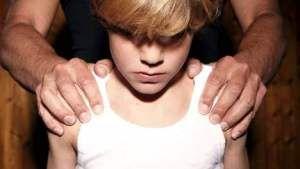 Dag 45 van 2555; 12-jarige schooljongen verkracht en seksueel..   http://dagboekvoorhetleven.wordpress.com/2012/05/31/dag-45-van-2555-12-jarige-schooljongen-verkracht-en-seksueel/