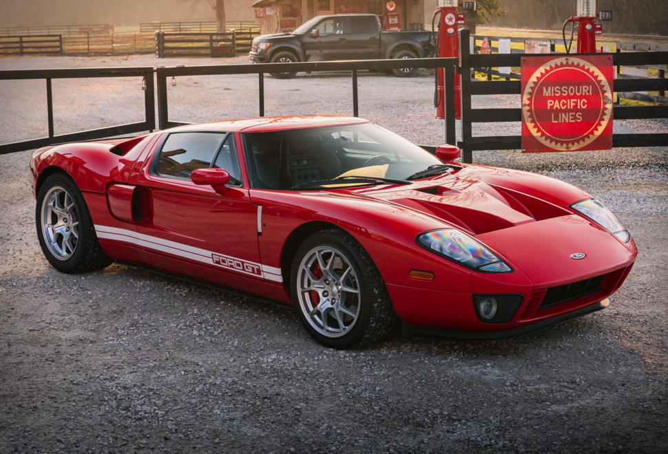 2006 Ford Gt In 2020 Ford Gt Ford Classic Cars Ford