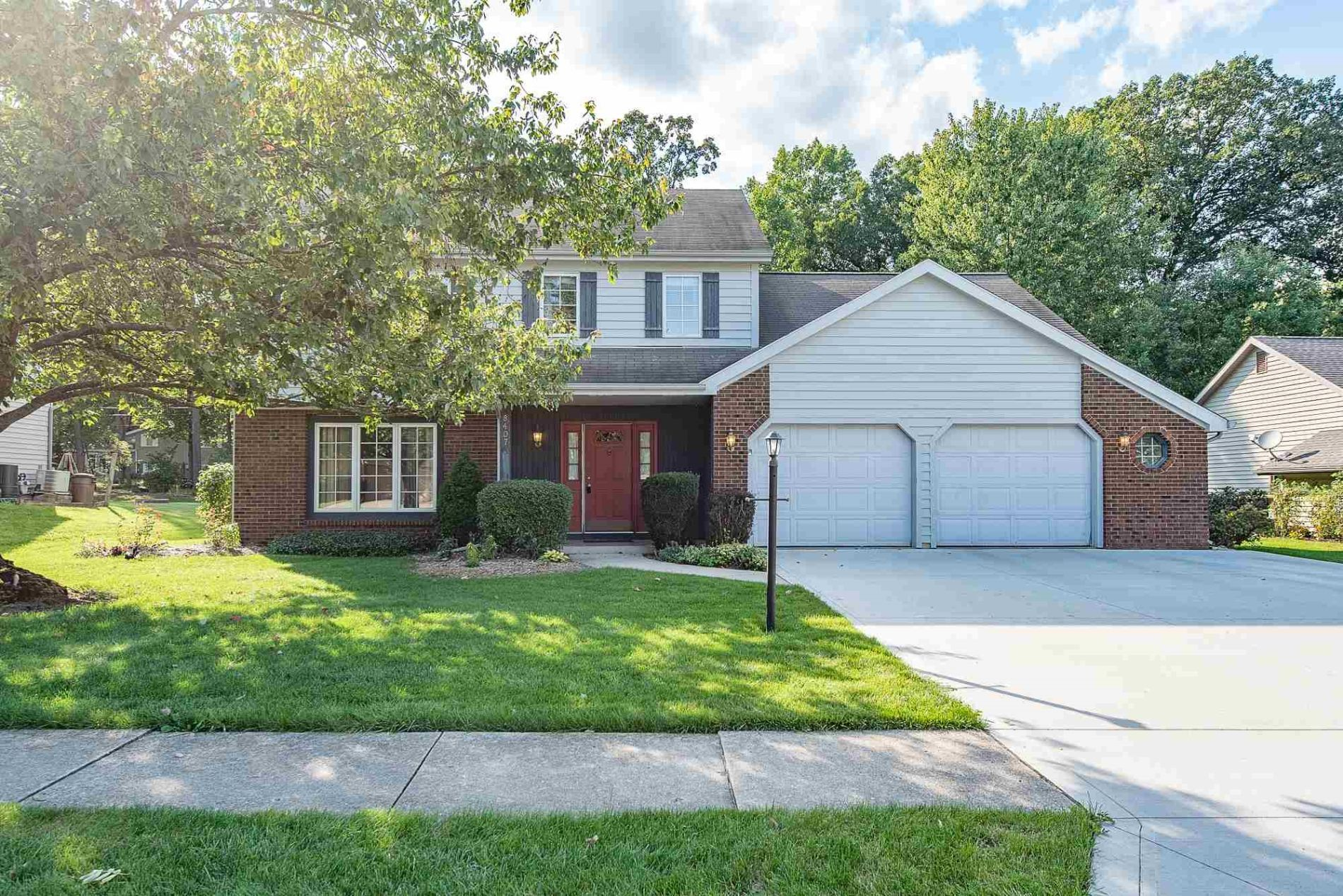 Outstanding Fort Wayne Homes For Sale 8407 Hawk Spring Hill Fort Wayne Download Free Architecture Designs Momecebritishbridgeorg