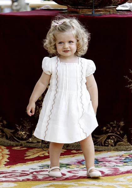 94b5771e8240 Essential Baby > How cute is she?! Princess Leonor of Spain ...