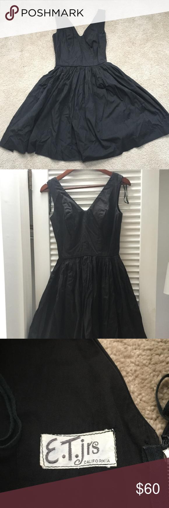 Vintage Little Black Dress E T Jrs Vintage Dress From The 1950 S Bought At A Vintage Store A Few Years Ago Little Black Dress Black Dress Vintage Black Dress [ 1740 x 580 Pixel ]