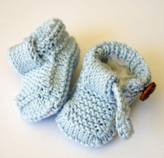 Easy baby shoes knitting pattern   Stricken   Pinterest   Bebé ...