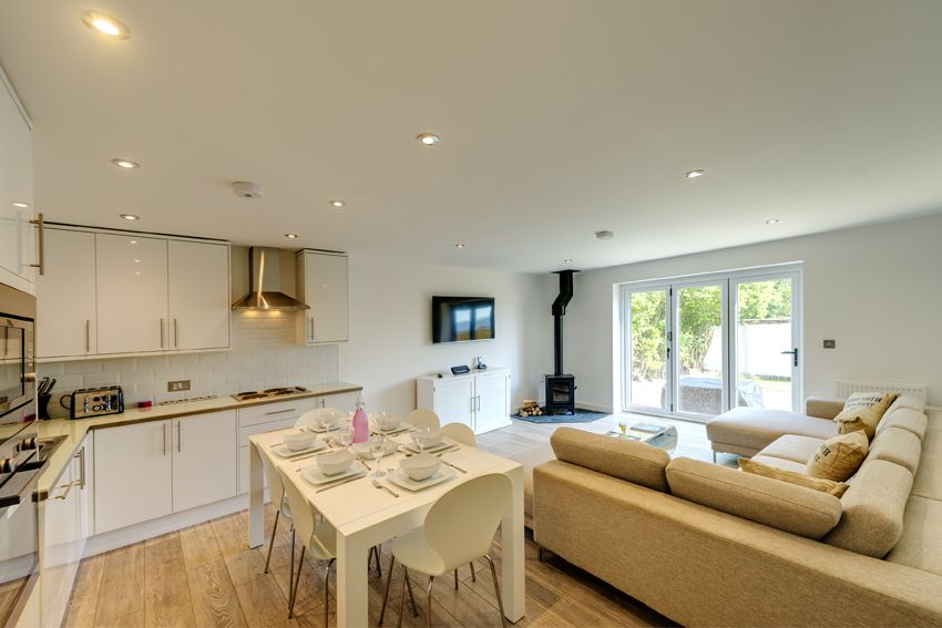 Sandy Lane Camber Sands Beside The Sea Holidays Open Plan Kitchen Living Room Open Plan Kitchen Living Room Layout Livingroom Layout