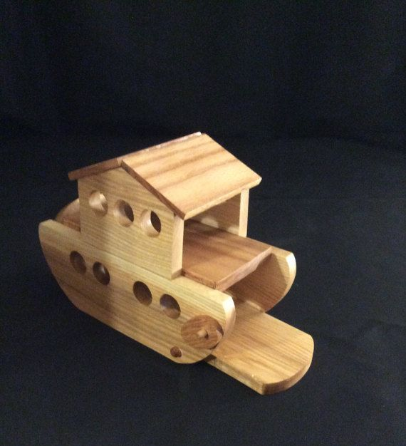 Wooden Handmade Ark With 20 Pieces The Top Is Removable For Easy