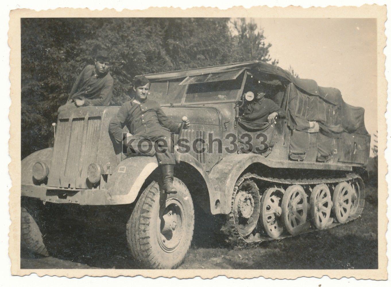 foto panzer werkstatt trupp halbkette sd kfz zugmaschine akulino russland 1943 ebay. Black Bedroom Furniture Sets. Home Design Ideas