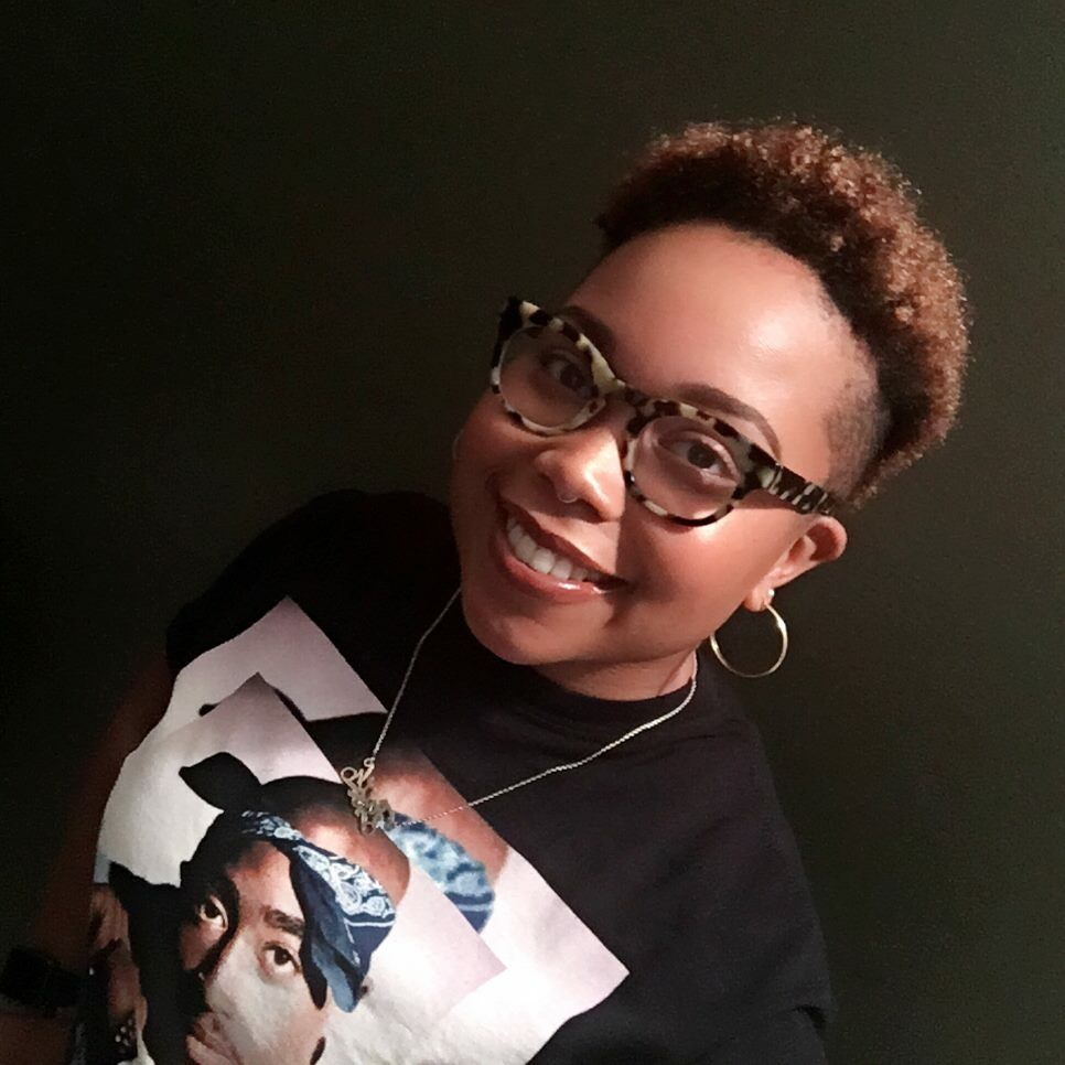 Tupac nose piercing  Tupac graphic tee and fresh haircut  Selfie Therapy  Pinterest
