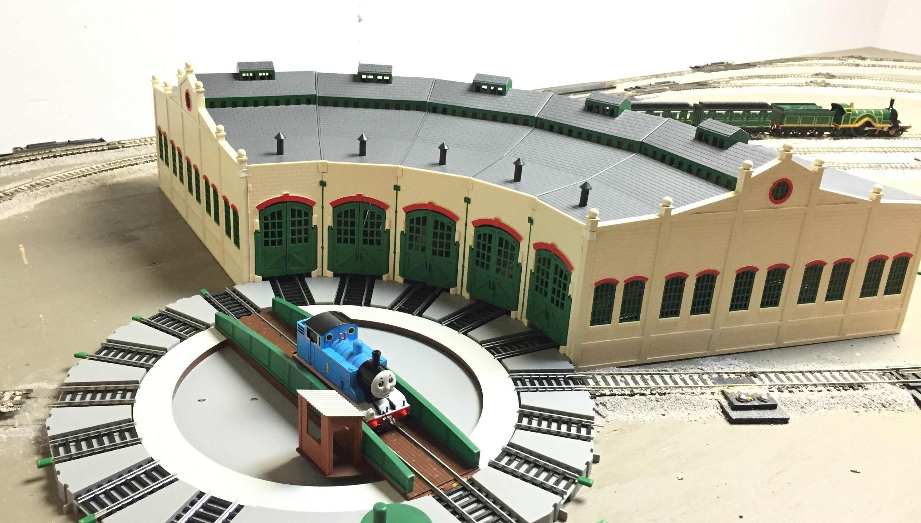 Tidmouth Sheds Haul Unboxing Amp Build Thomas Amp Friends