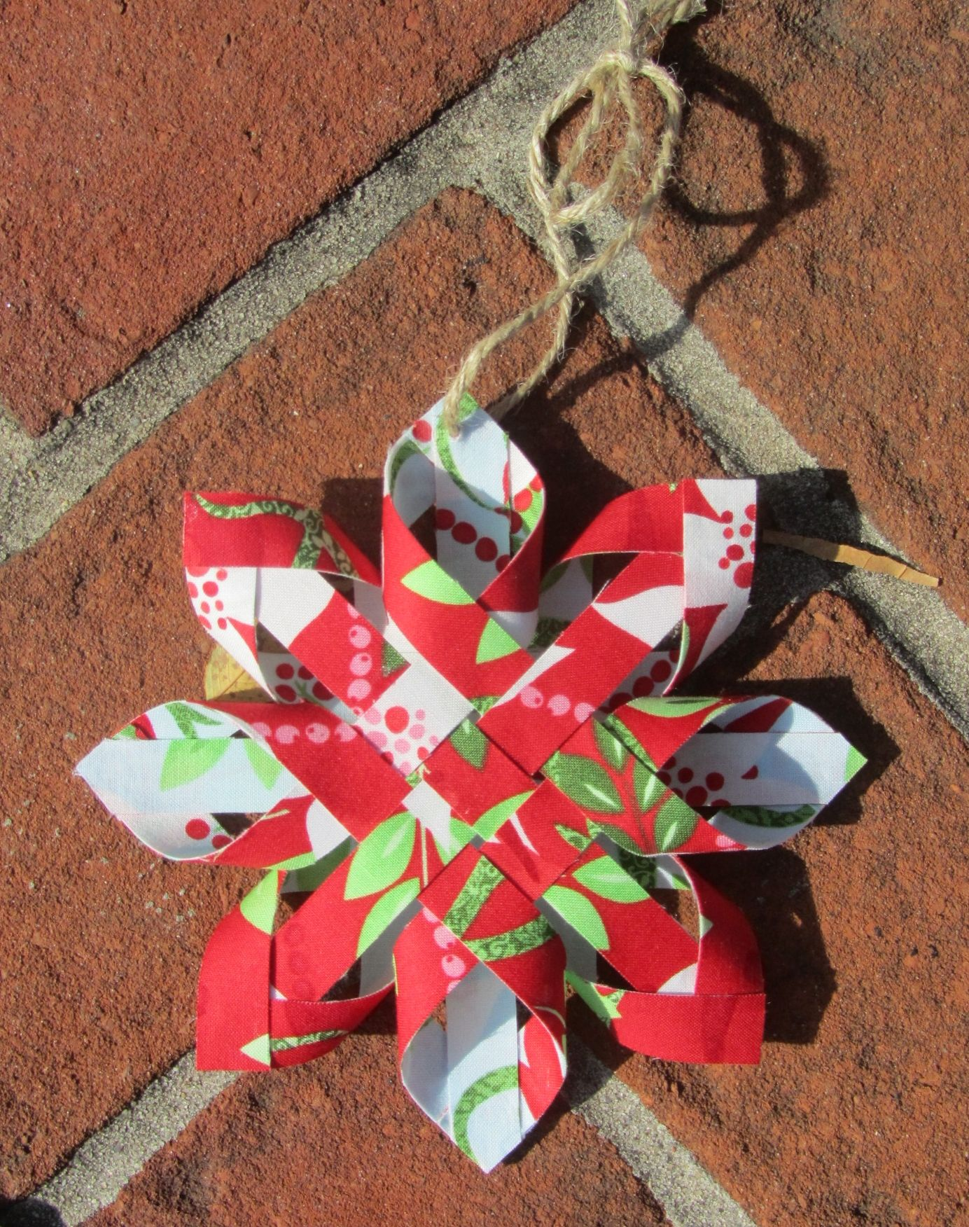 Fabric Woven Star Ornaments Are So Easy To Make Quilting Digest Fabric Christmas Ornaments Quilted Christmas Ornaments Handmade Christmas Ornaments