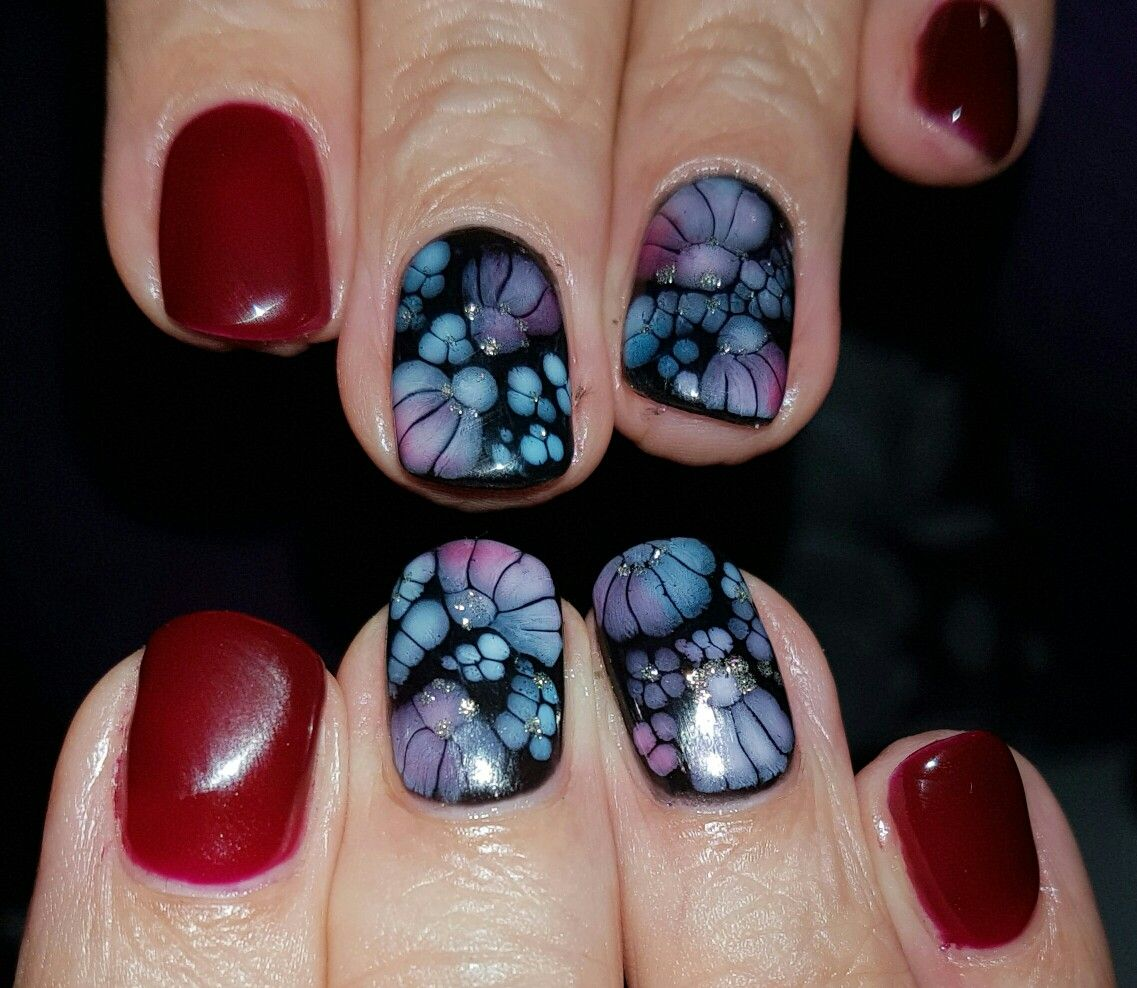 Abstract Gel design using Nails Products