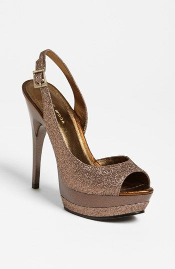 These would go with anything!!   Pelle Moda 'Gleam' Pump available at #Nordstrom